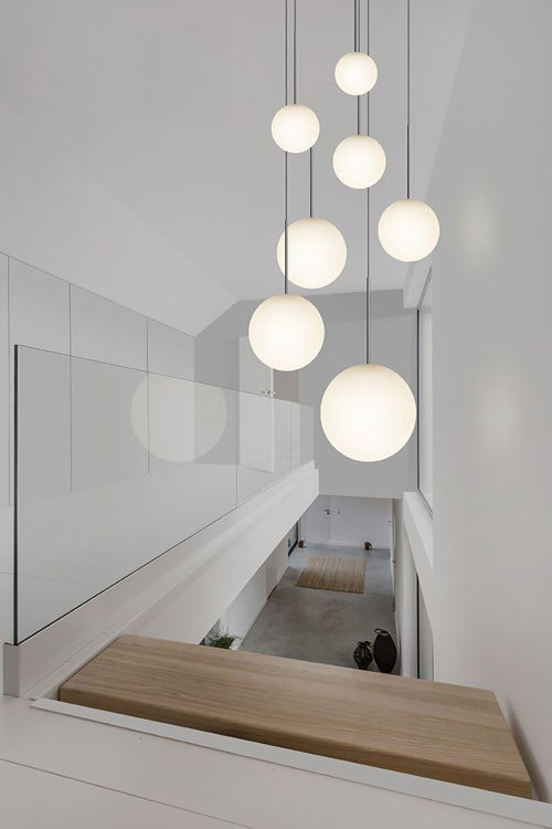 bola_pendant_chandelier_environmental_stairway